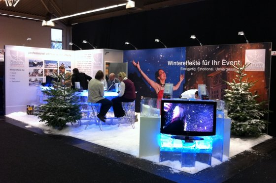 Snow Business – Messestand mit echtem Schnee